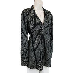 WHBM tunic top geometric black white